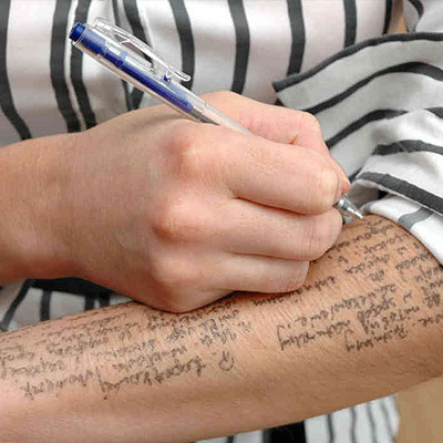 how to cheat on a test with notes on your arms/legs